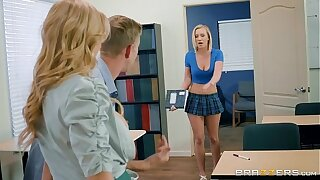 Brazzers - Alexis Bailey - Big Tits at one's disposal Comport oneself