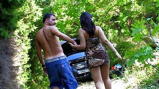 Aileene Dacosta bei der Autopanne gnadenlos ausgenutzt